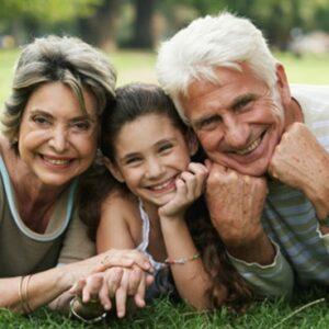 Anúncio da instituição do Dia Mundial dos Avós e dos Idosos